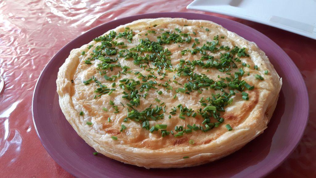 Spargel-Pie mit Lachs